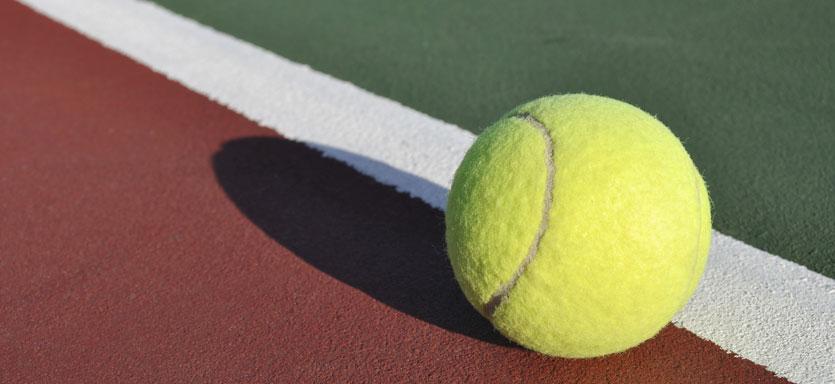 Pullmantur Sovereign Exterior Tennis Court.jpg