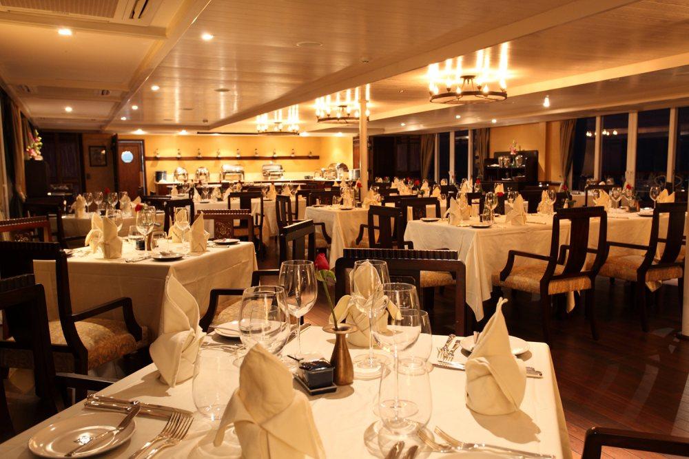 Riviera Travel RV Jayavarman Interior Indochine Restaurant.jpg