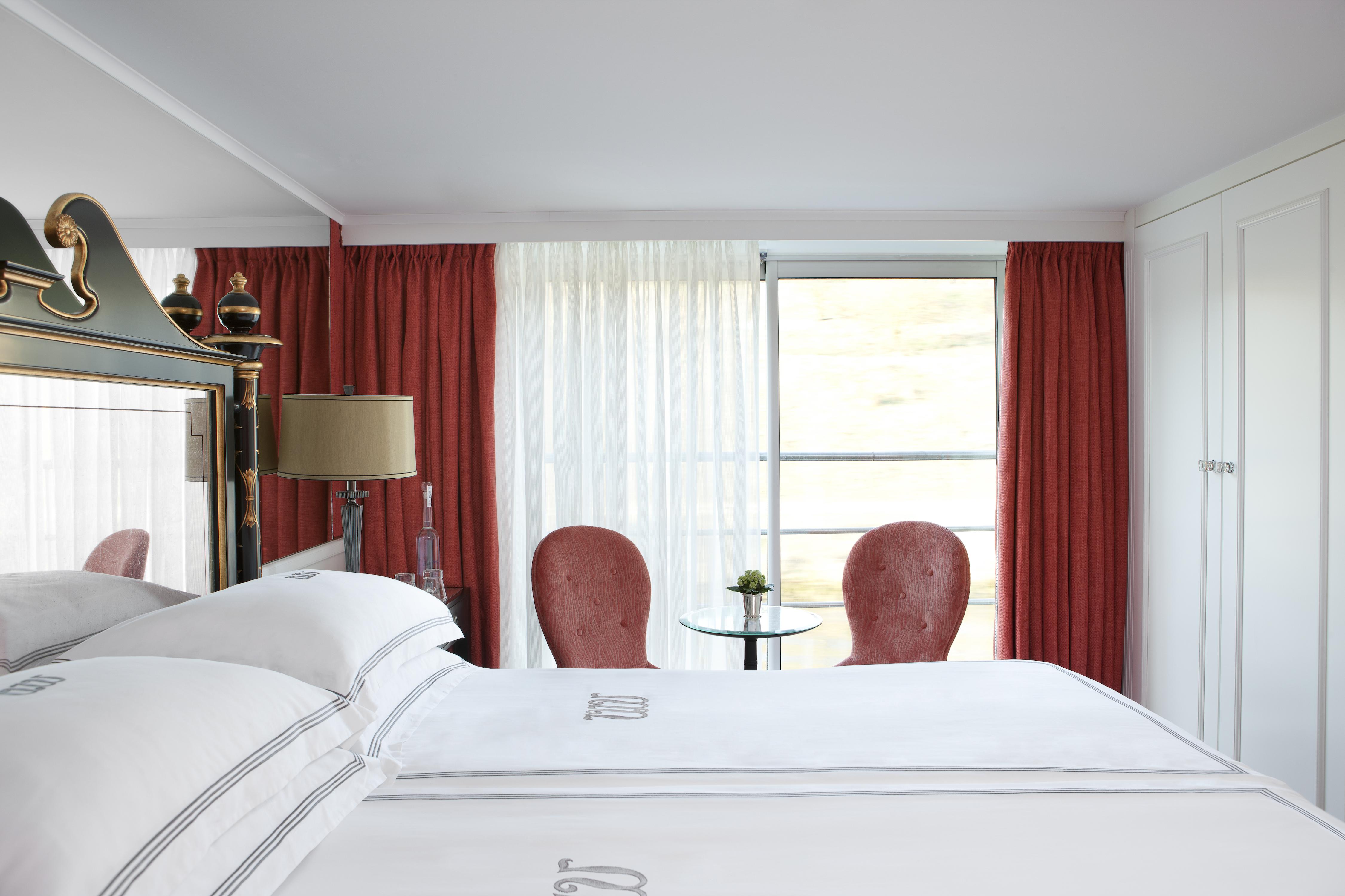 UNIWORLD Boutique River Cruises River Princess Accommodation Stateroom Category 1.jpg