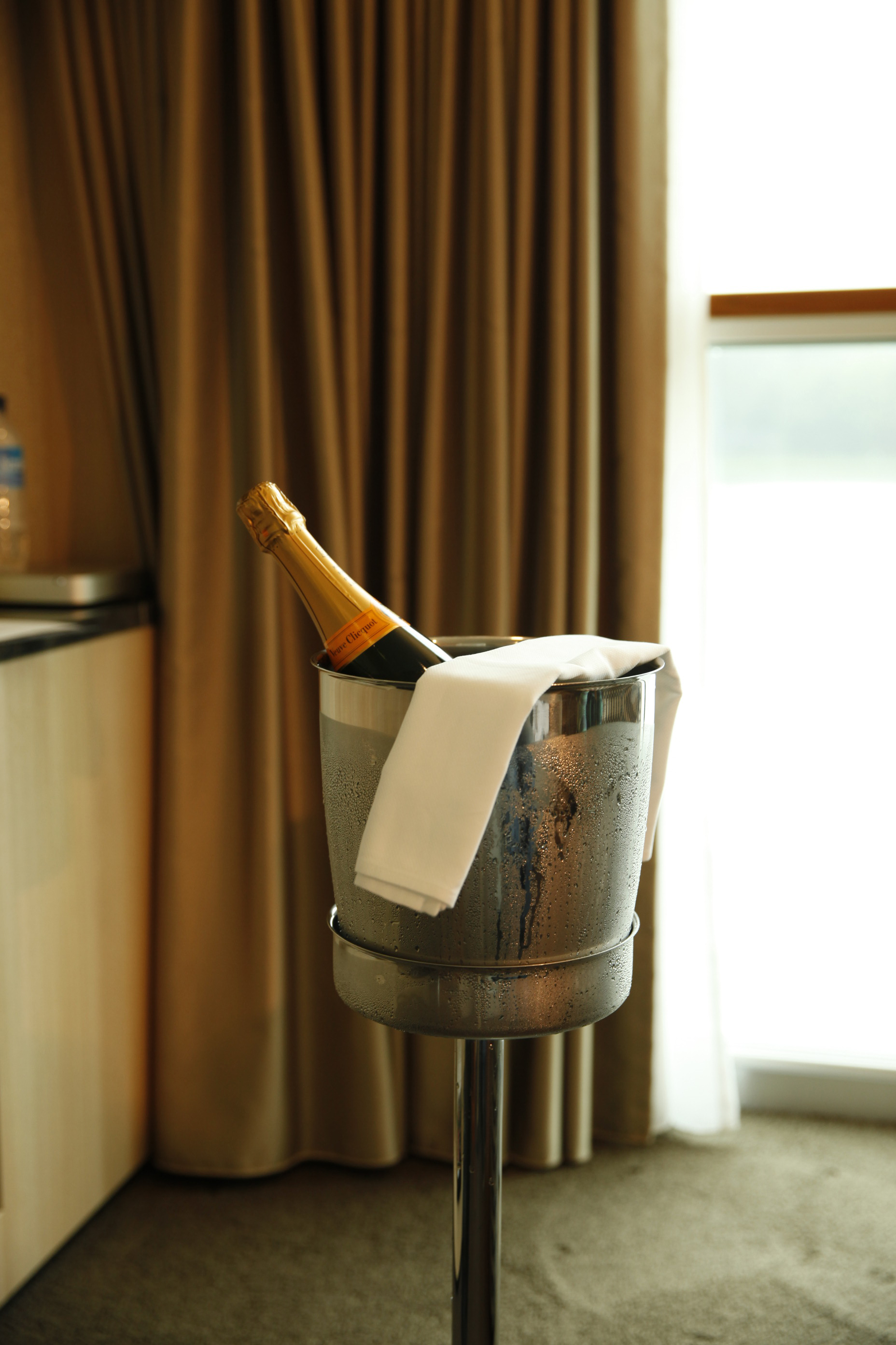Scenic Jasper Room Service Dining _MG_9857.JPG