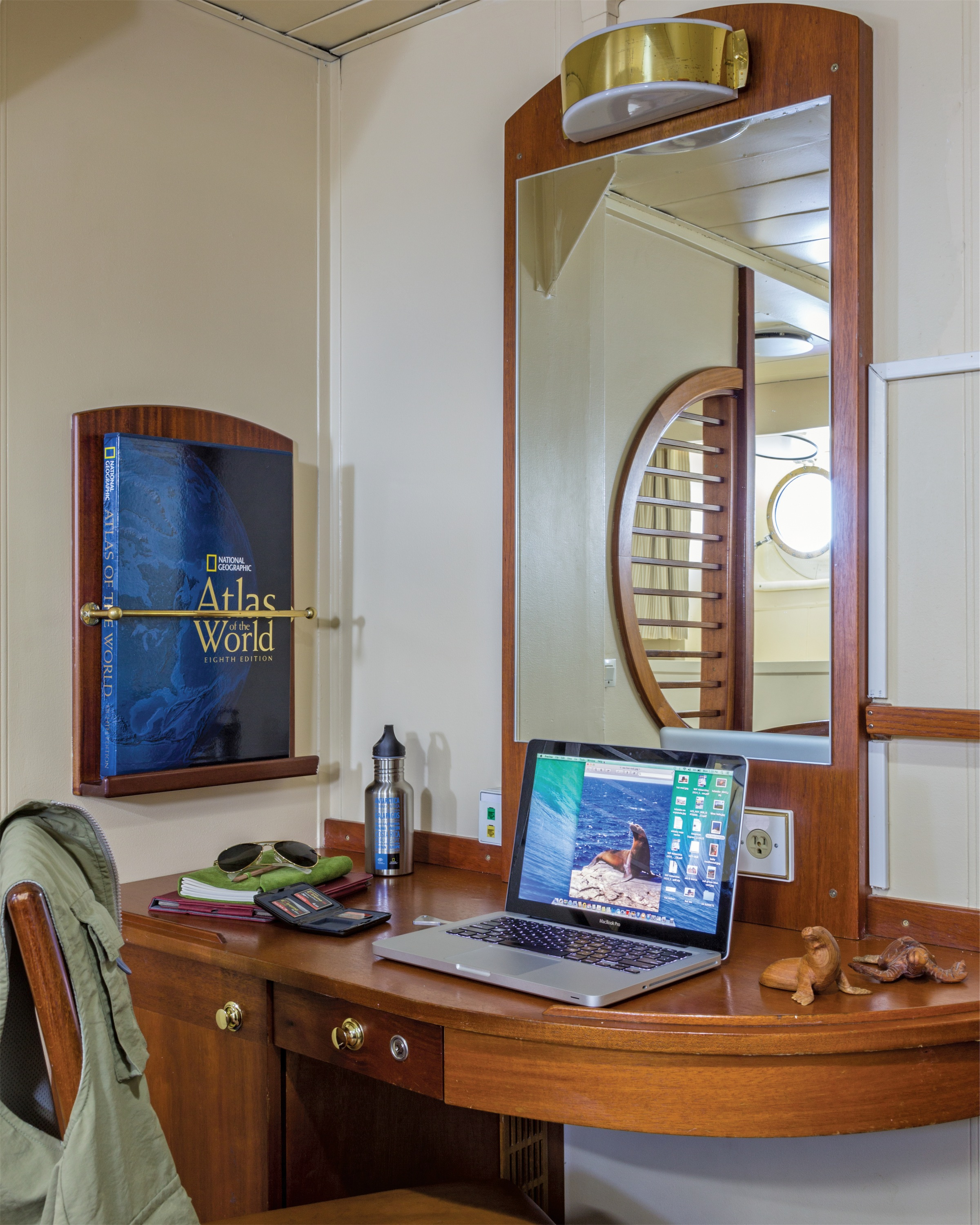 Lindblad Expeditions National Geographic Endeavour Accommodation Category 3 Desk.jpg