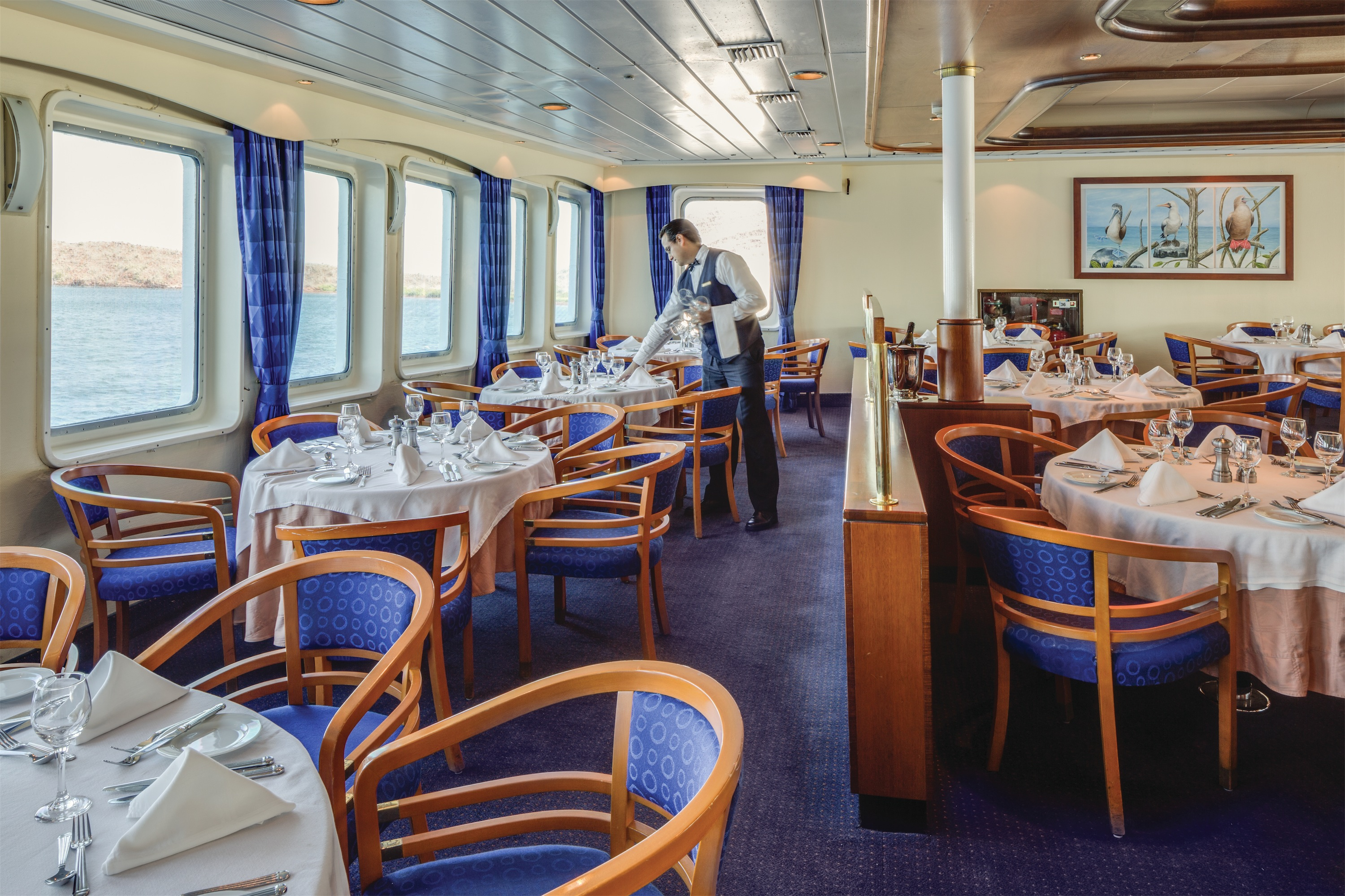 Lindblad Expeditions National Geographic Endeavour Interior Dining Room.jpg