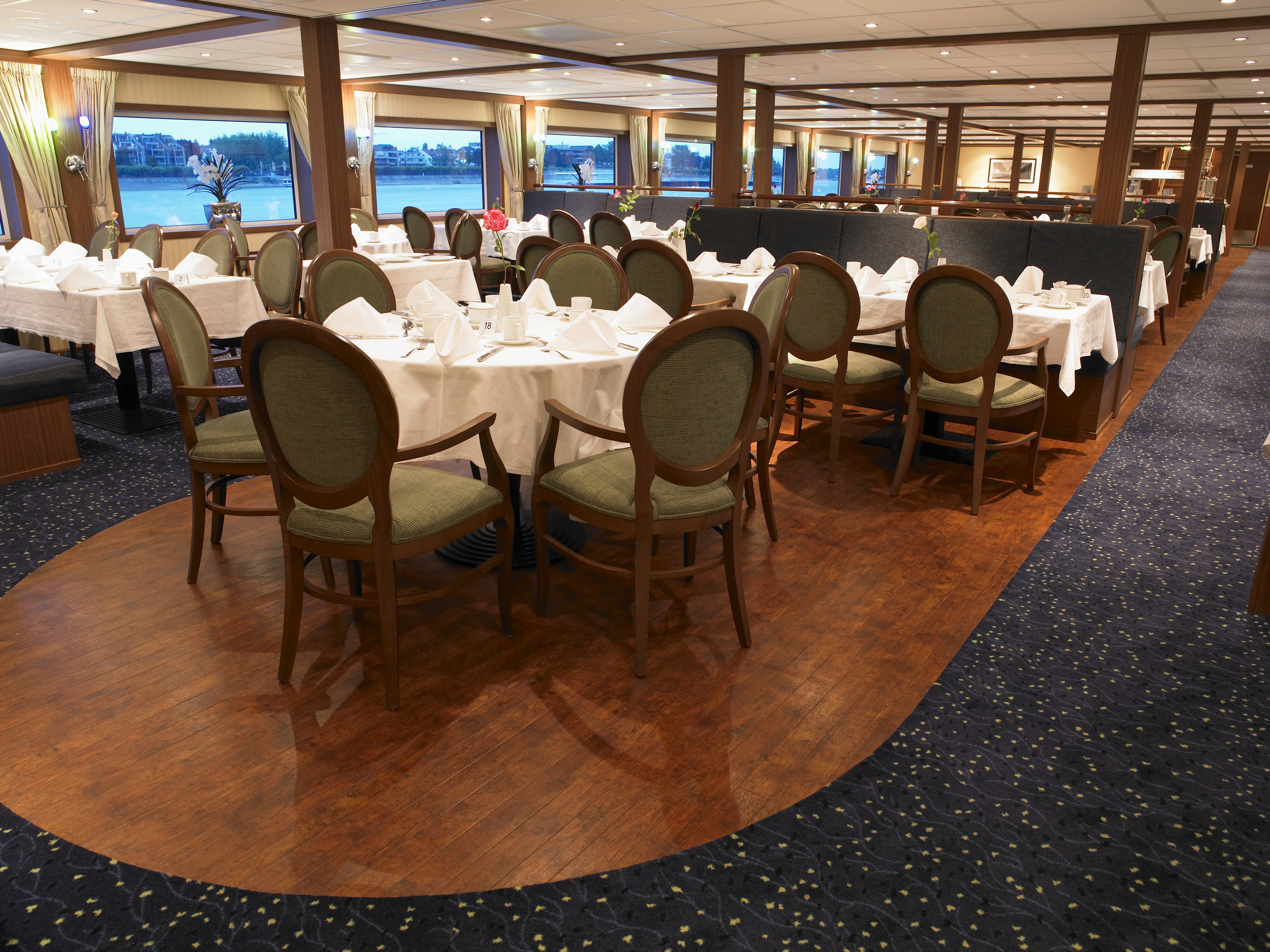 The River Cruise Line MS Serenity Interior Restaurant 2.jpg
