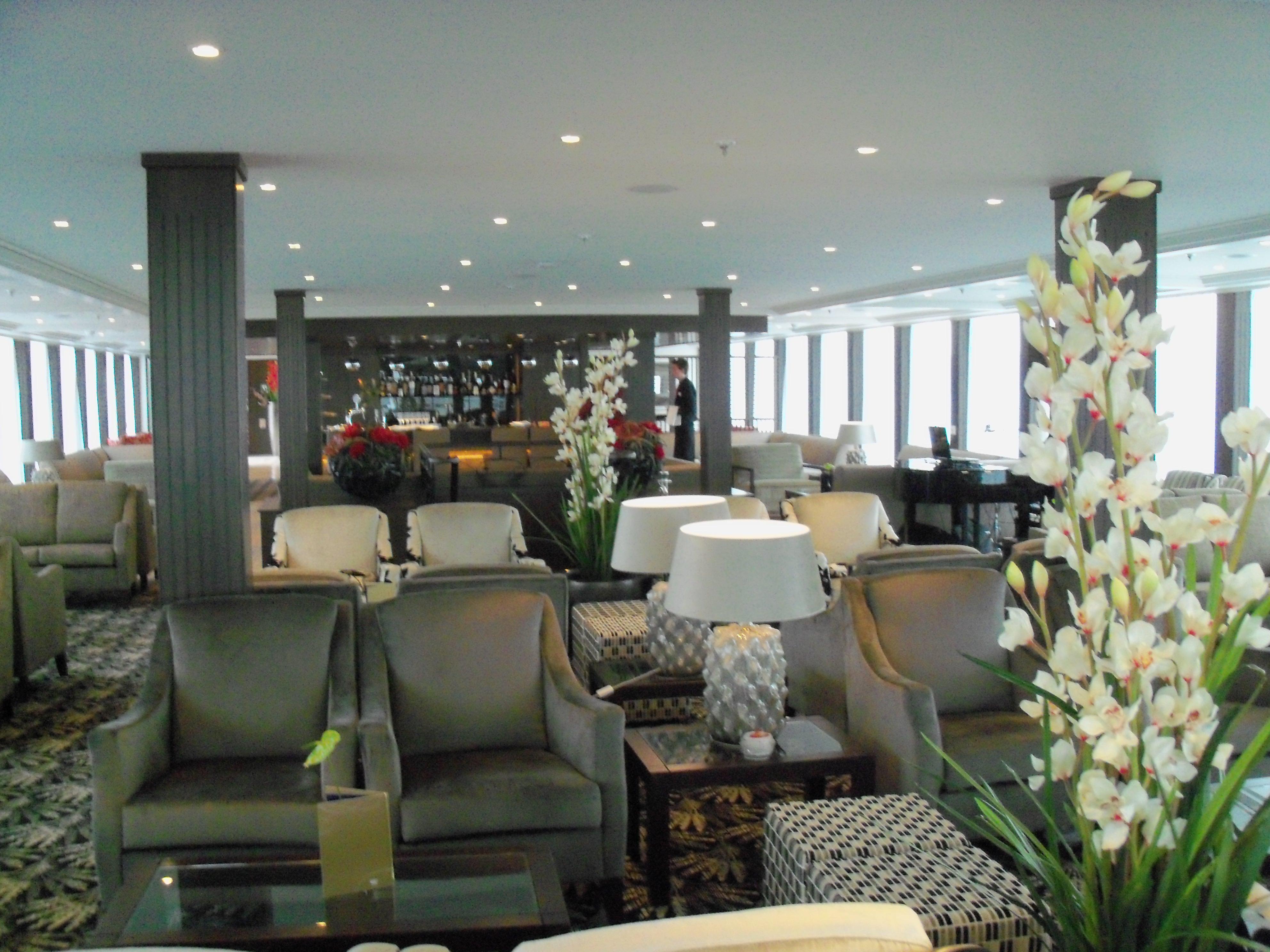 AmaWaterways AmaVerde AmaBella Interior Lounge 2.jpg