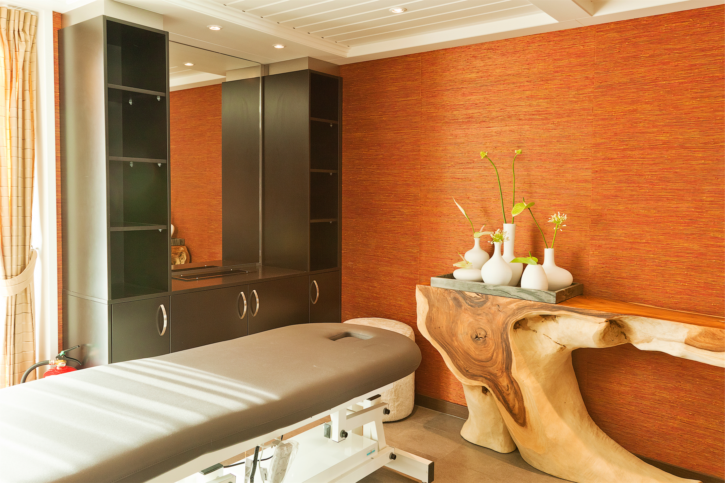 AmaWaterways AmaVerde AmaBella Interior Spa.jpg