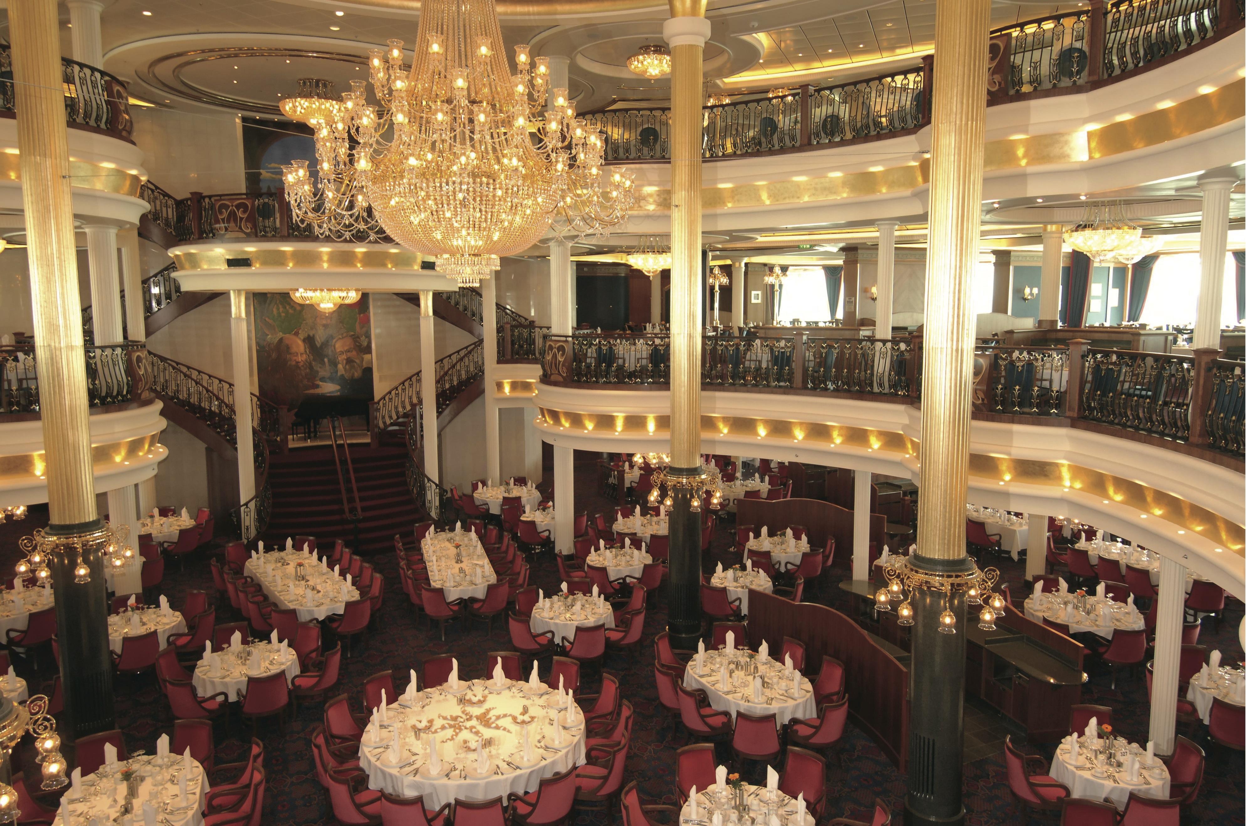 Royal Caribbean International Freedom of the Seas Interior Main Dining Room 2.jpeg