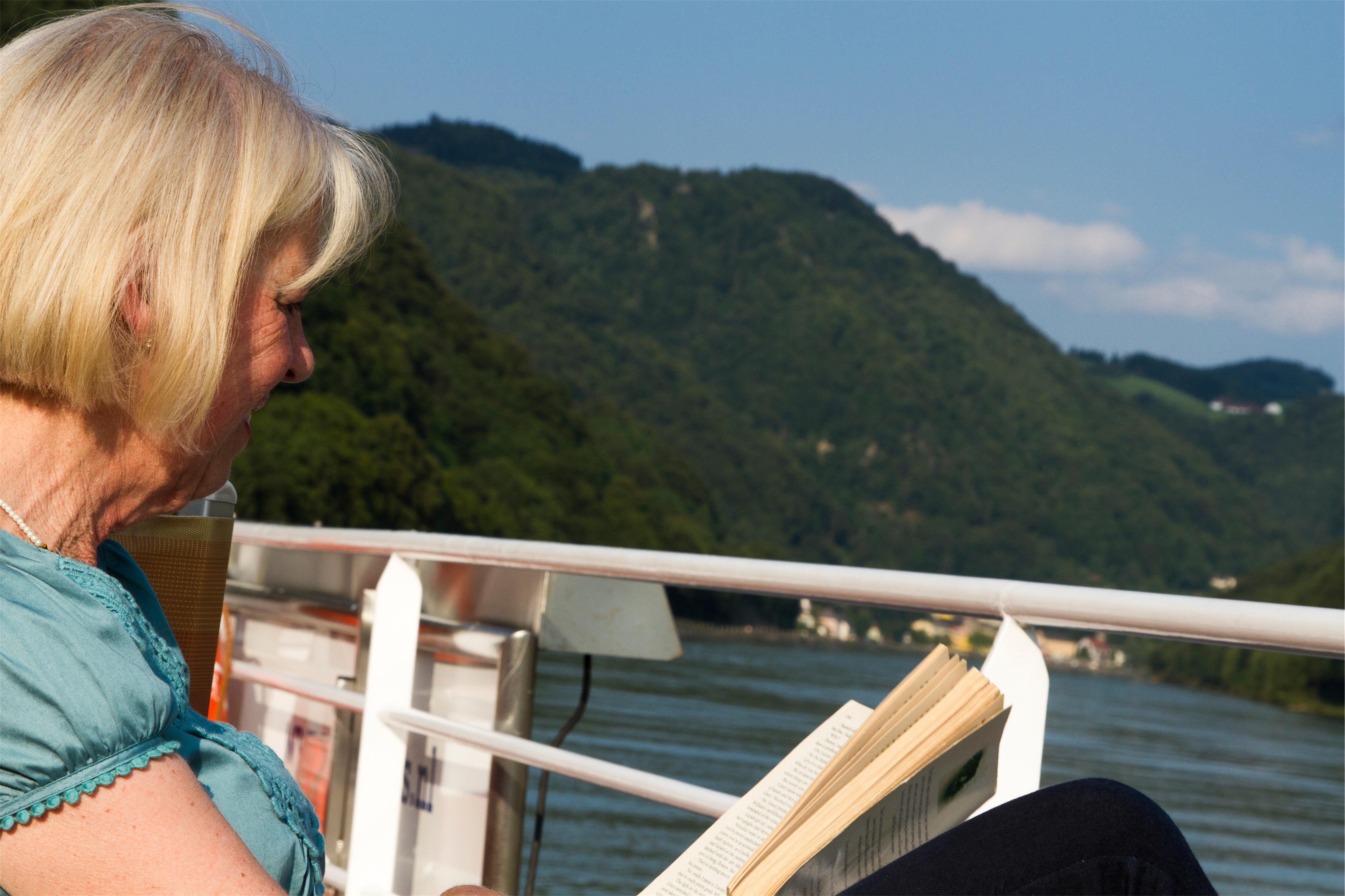 Shearings MV Esmeralda Exterior Reading on deck.jpg