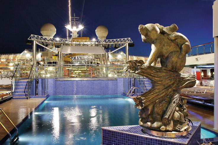 Costa Fortuna Swimming Pool Statue 2.jpg