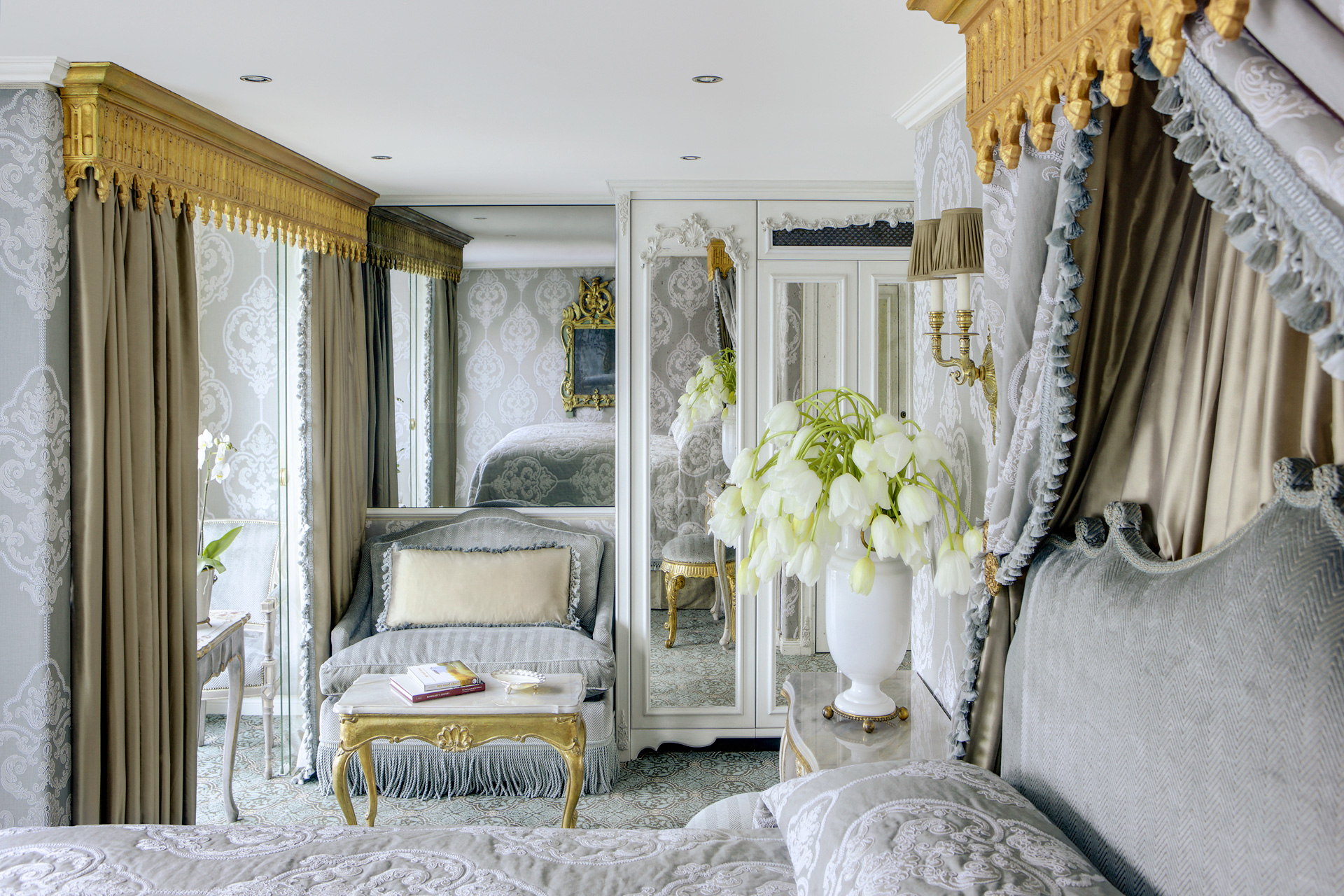UNIWORLD Boutique River Cruises SS Maria Theresa Accommodation Suite 403 1.jpg