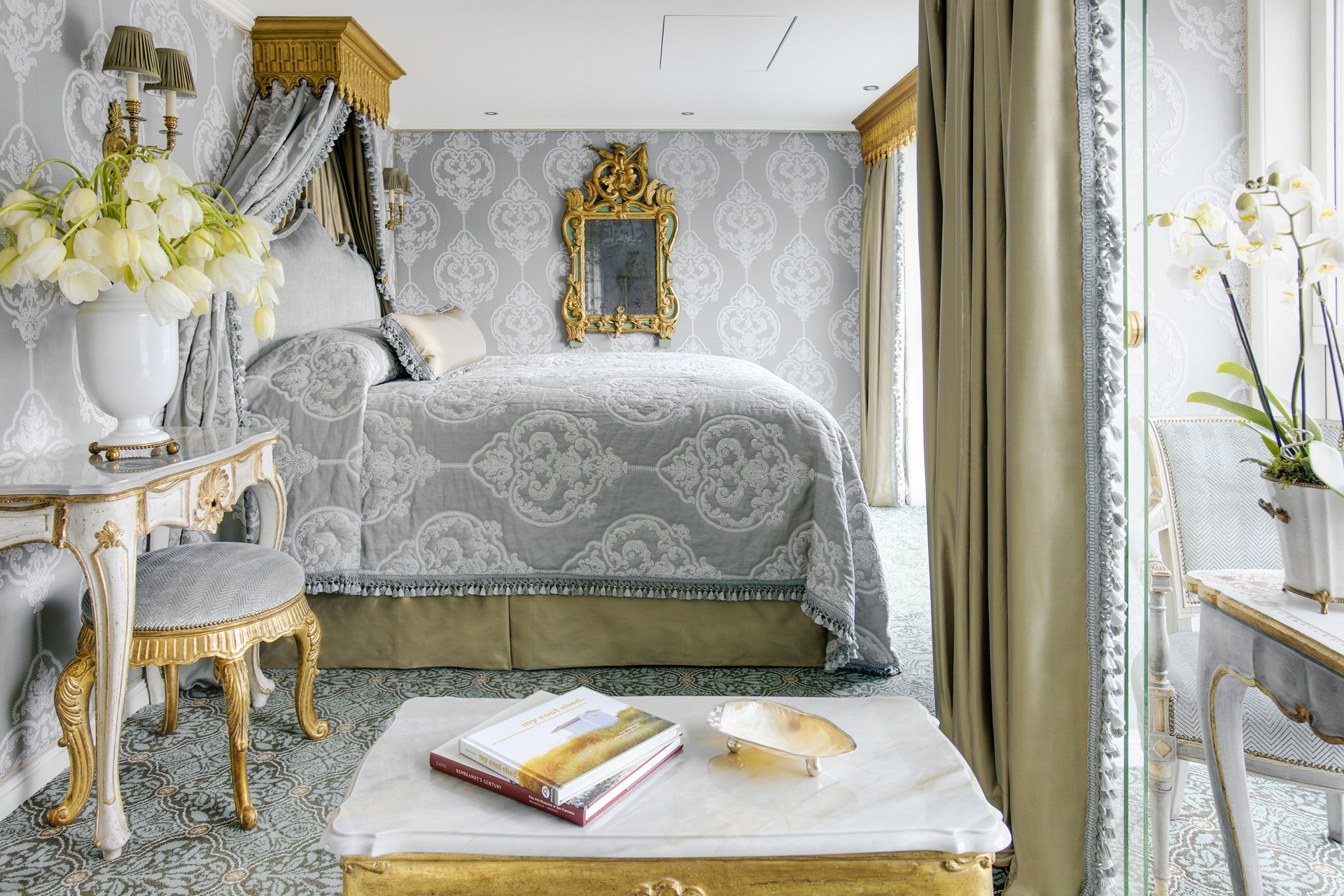 UNIWORLD Boutique River Cruises SS Maria Theresa Accommodation Suite 403 2.jpg