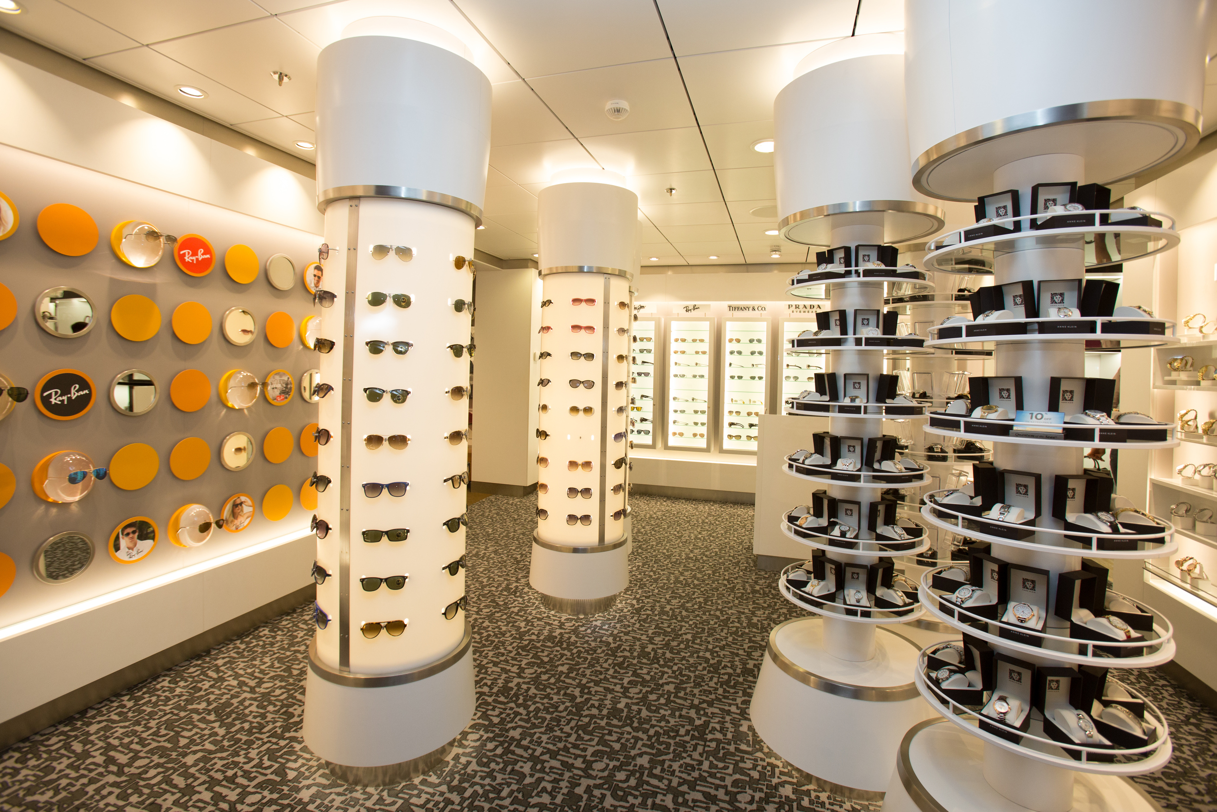 Royal Caribbean Anthem of the Seas Interior Shops 1.jpg