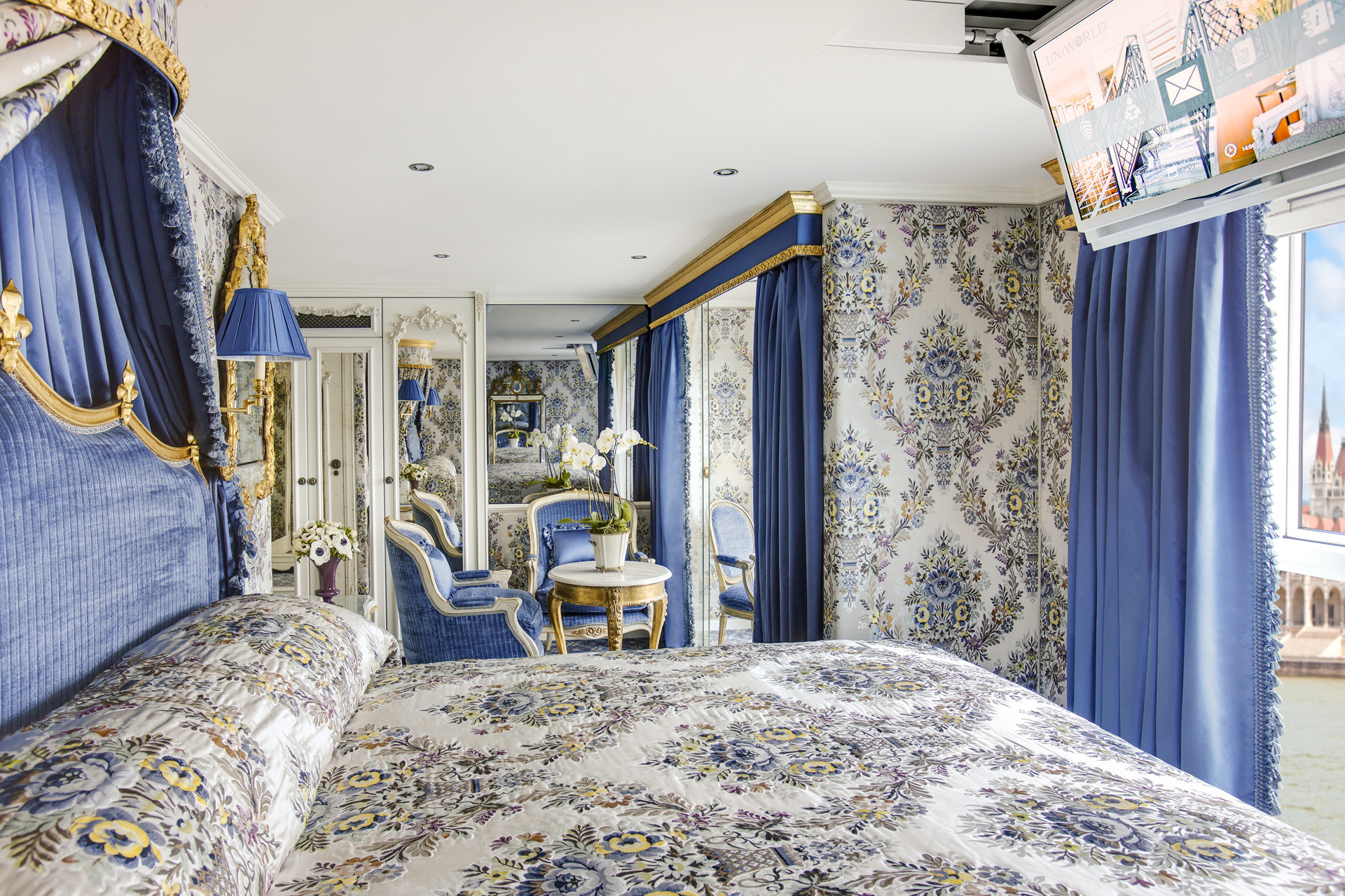 UNIWORLD Boutique River Cruises SS Maria Theresa Accommodation Suite 402 2.jpg