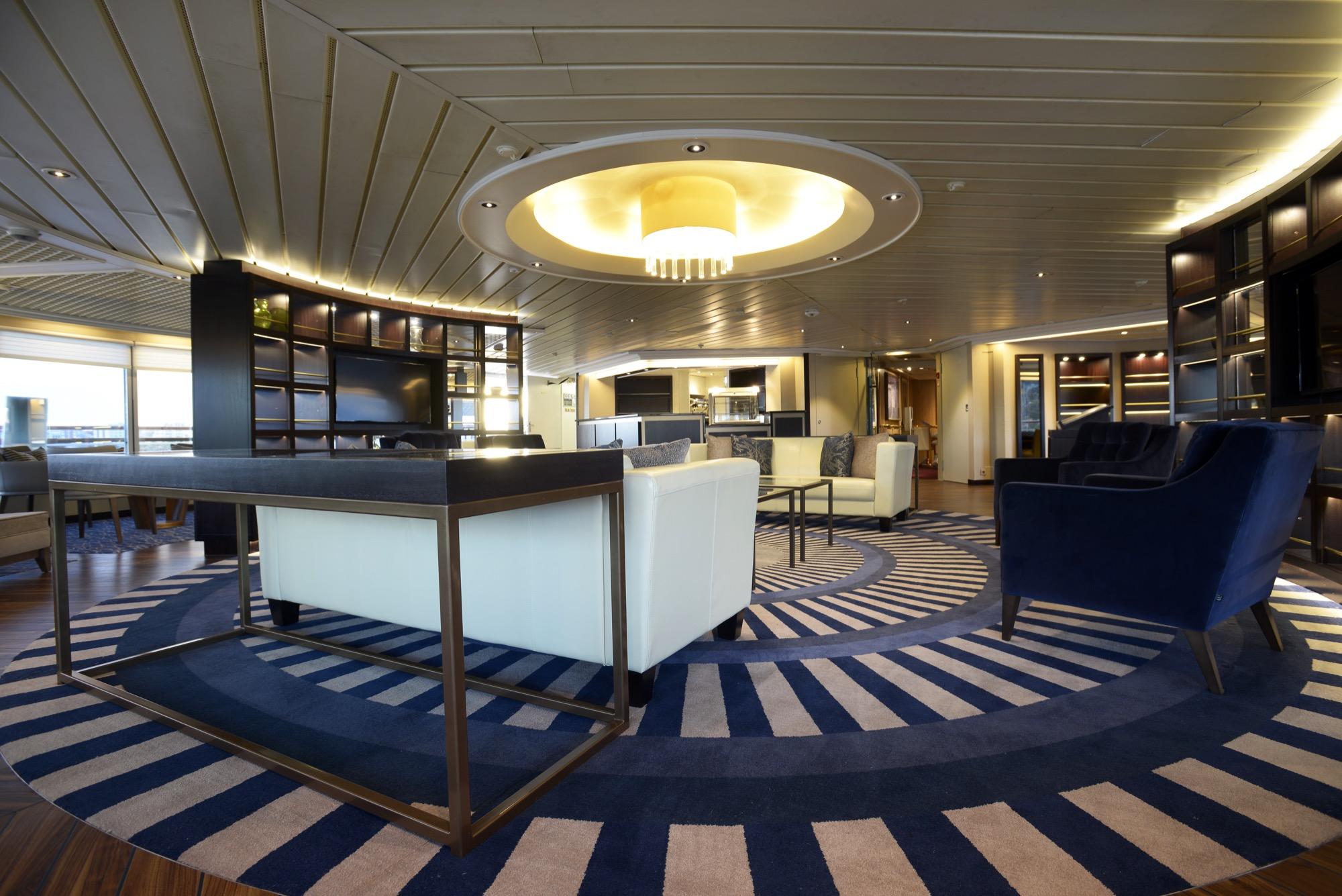 Windstar Star Pride Interior Yacht Club 12.jpg