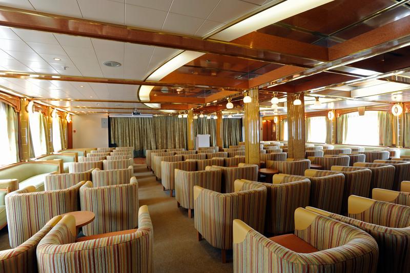 Noble Caledonia Island Sky Interior The Lounge.jpg