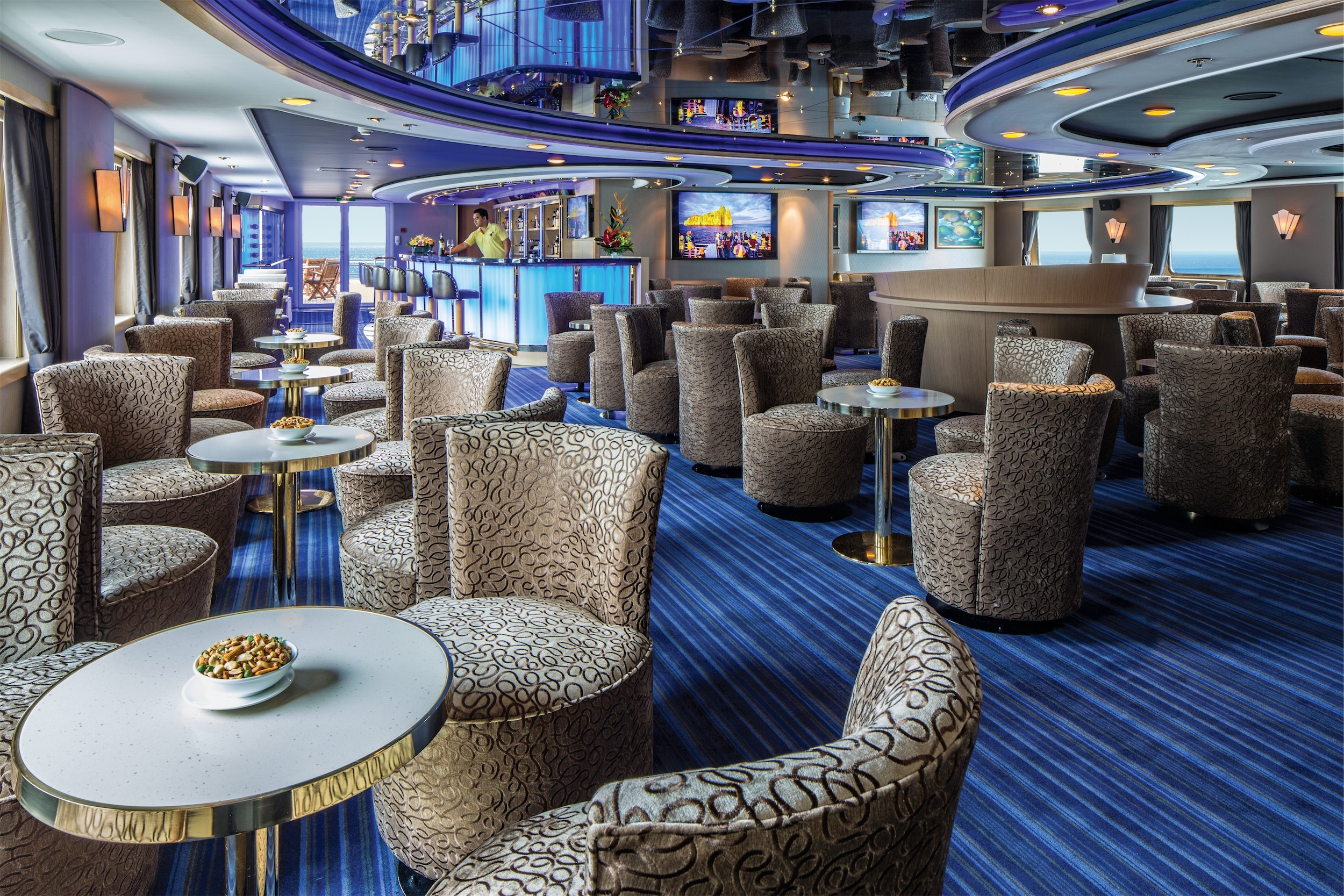 Lindblad Expeditions National Geographic Orion Interior Lounge 3.jpg