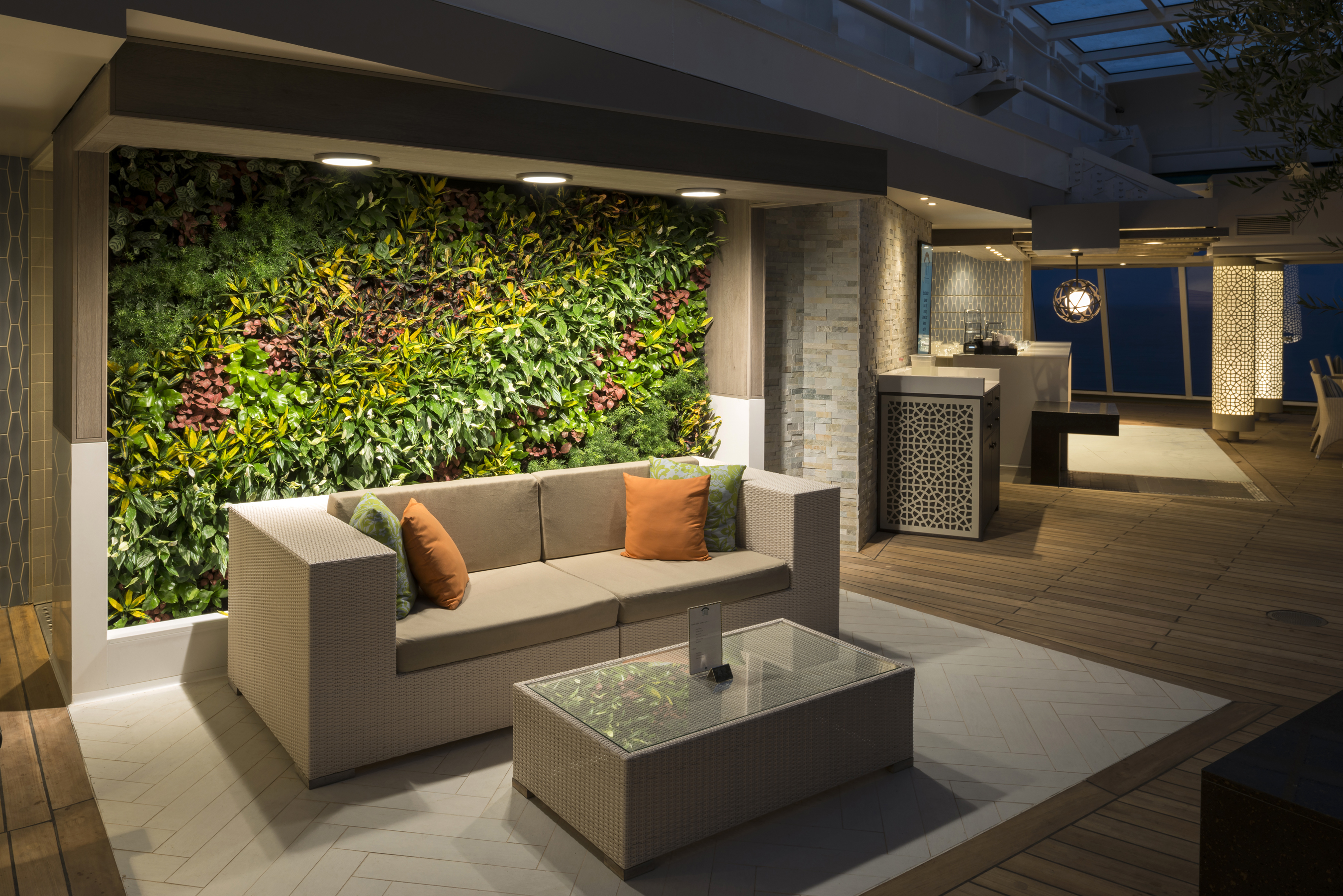 crystal cruises crystal serenity trident grill living wall 2.jpg