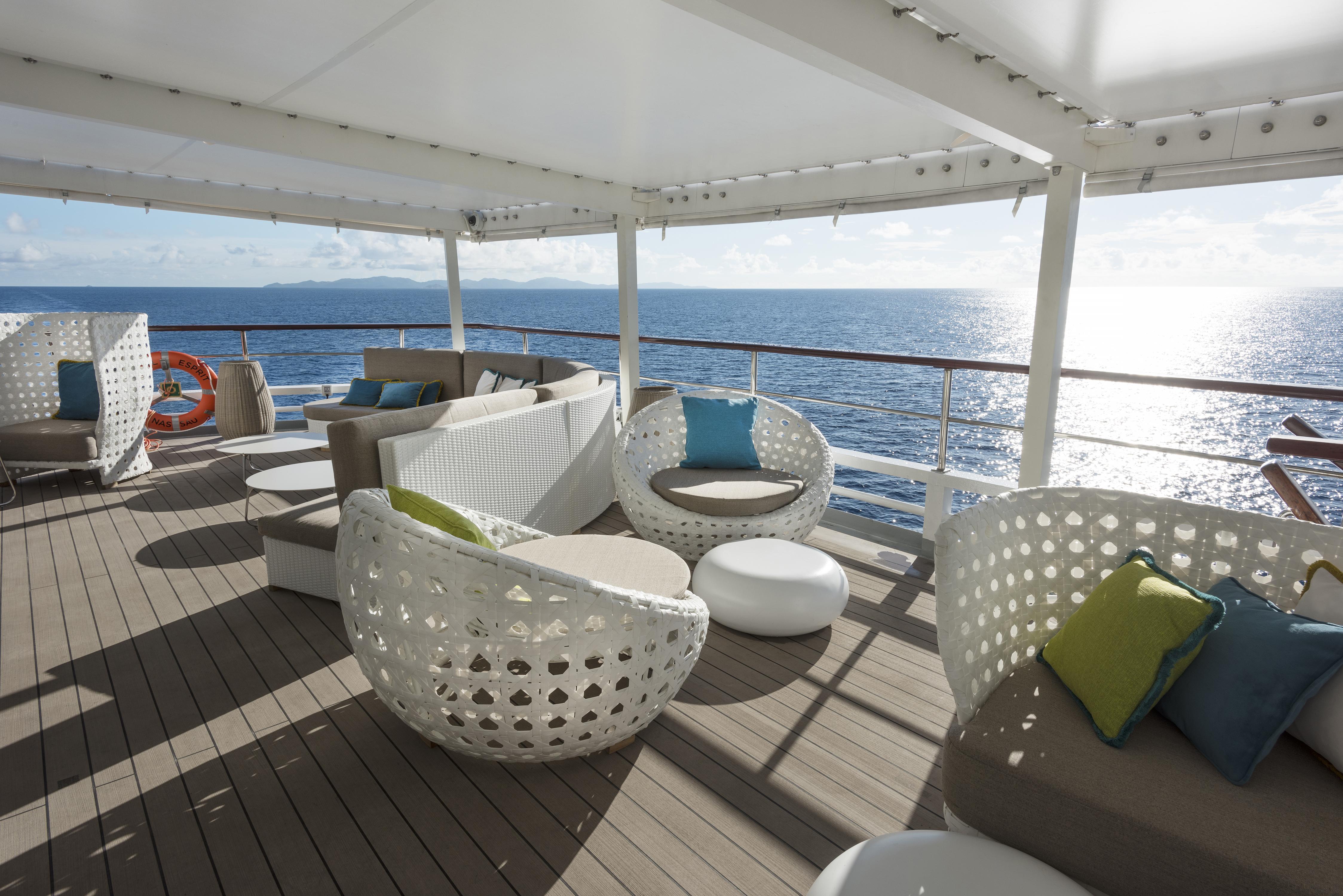 Crystal River Cruises Crystal Espirit Interior Sunset_Bar.jpg
