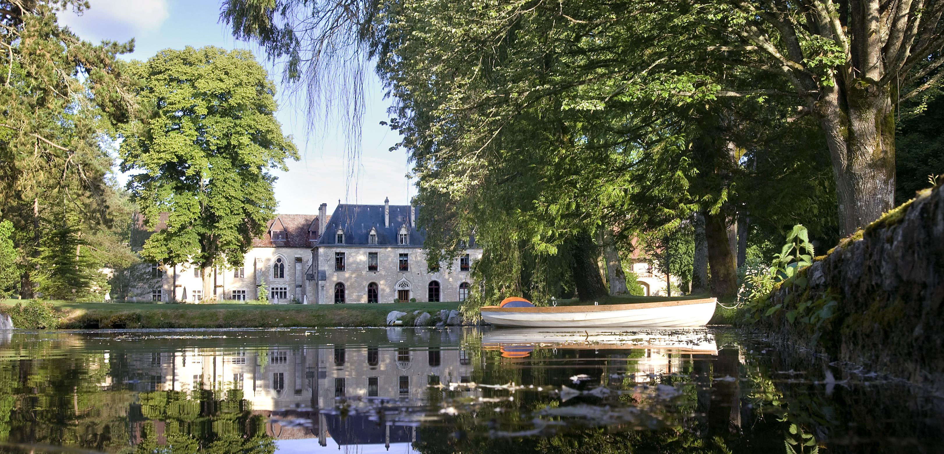 European Waterways La Belle Epoque Destinations Abbaye de la Bussiere.jpg