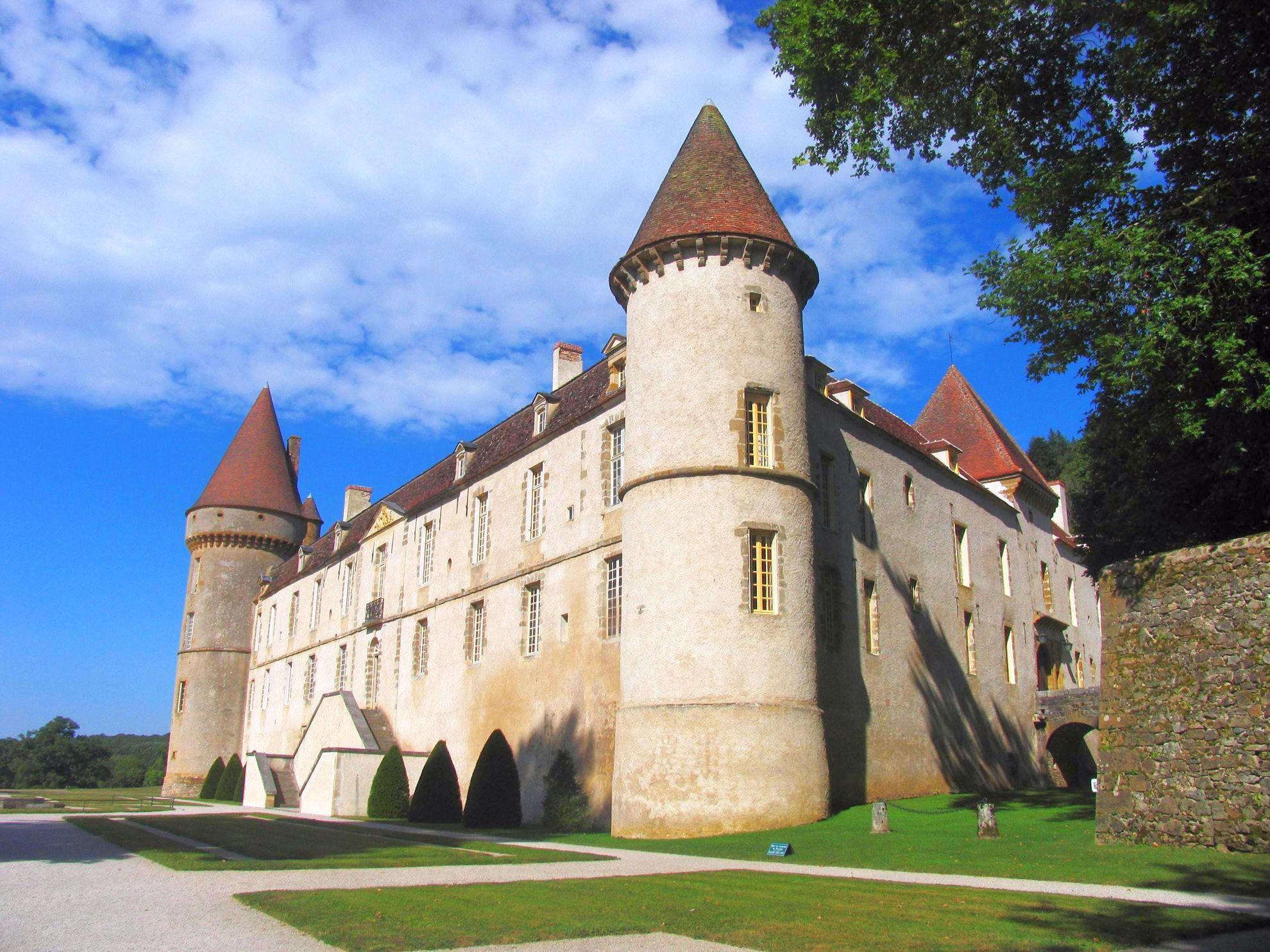 European Waterways L'Art de Vivre Destinations Chateau de Bazoches Burgundy L'Art de Vivre Route.jpg
