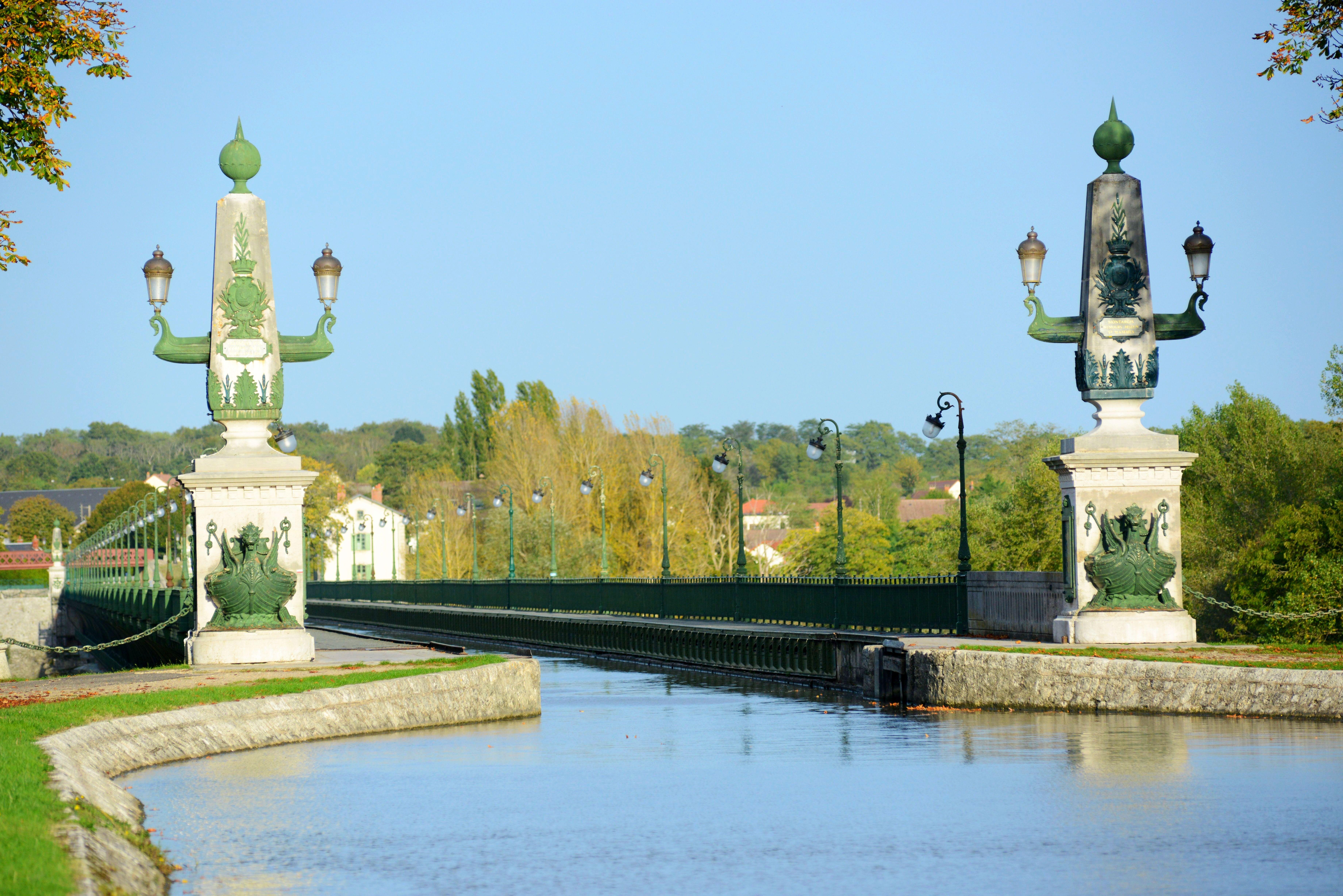 European Waterways Renaissacne - Canal de Briare.jpg