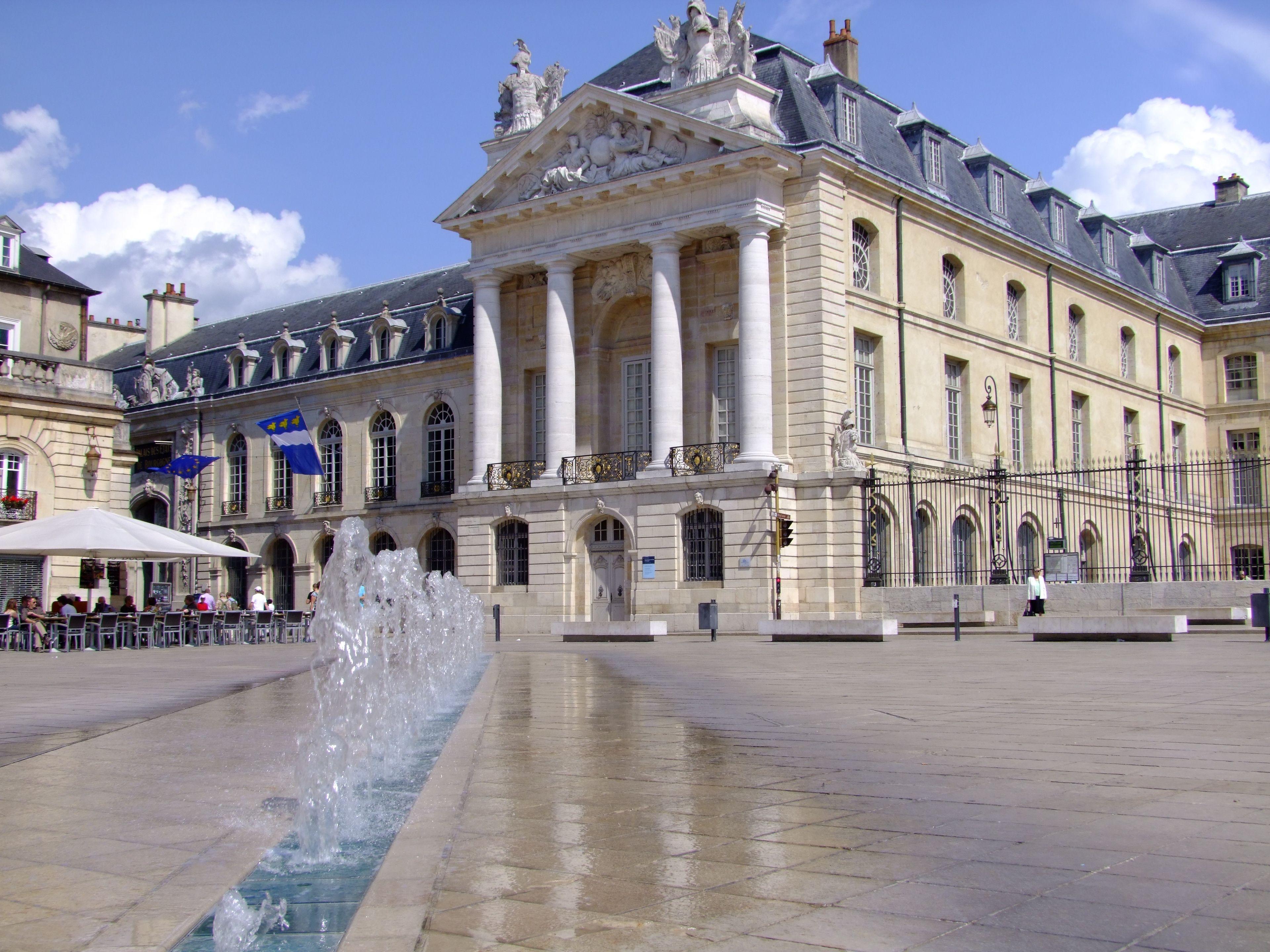 European Waterways L'Impressionniste Destinations Ducal Palace in Dijon.jpg