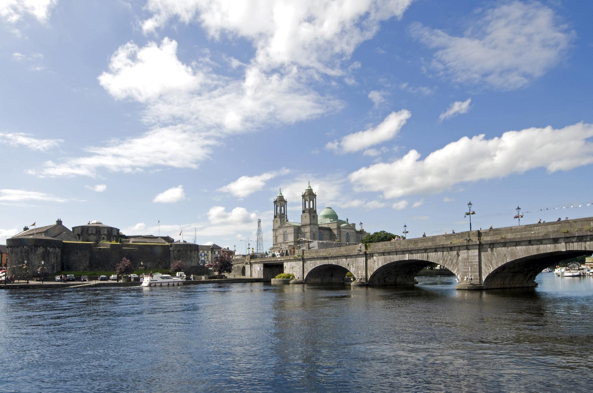 European Waterways Shannon Princess - Athlone.jpg