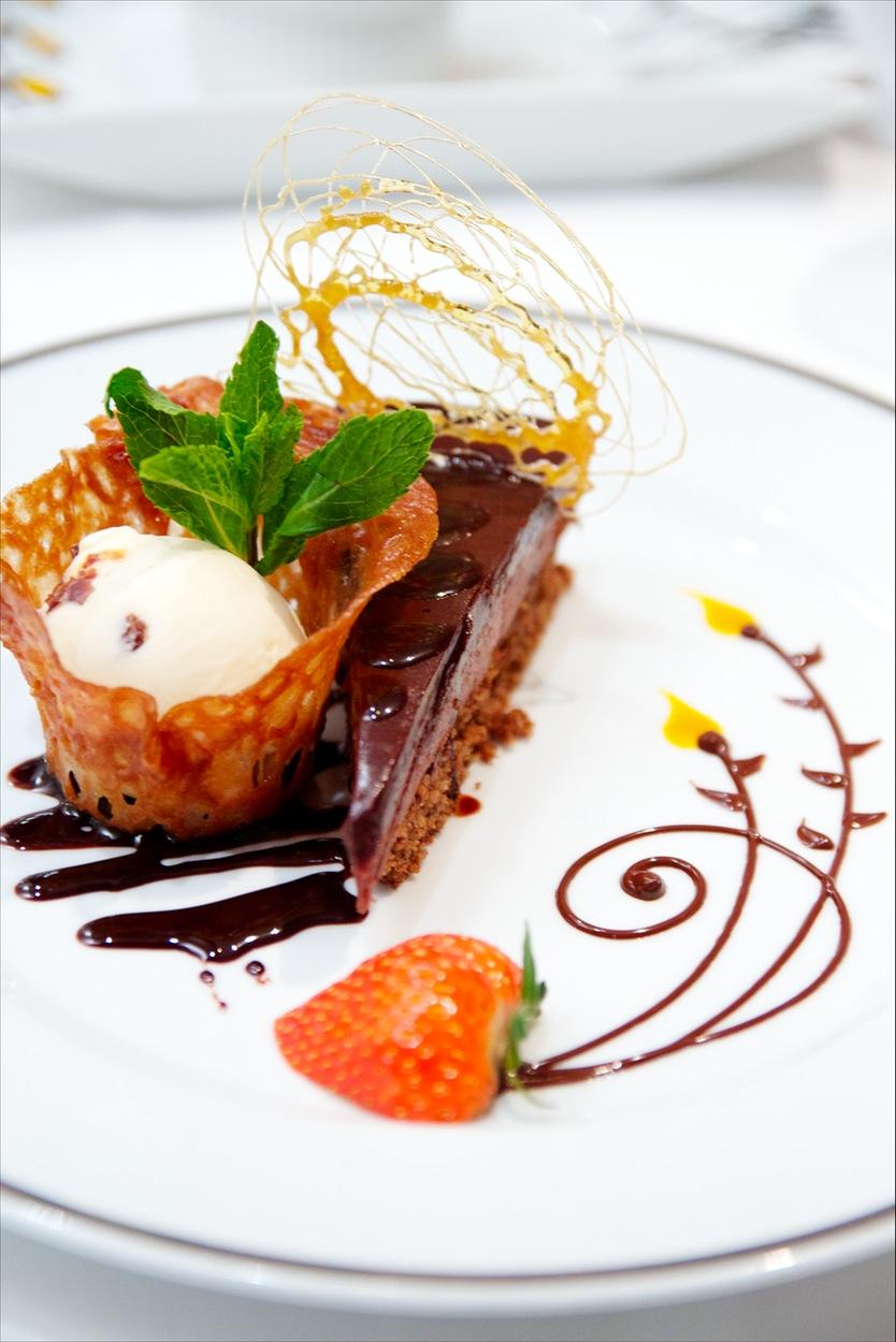 SeaDream Yacht Club Interior Dining Salon Food 5.jpg