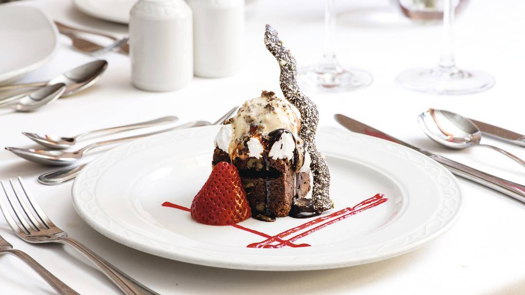 Thomson Cruises Thomson Majesty Interior Le Bistro Restaurant Dessert.jpg