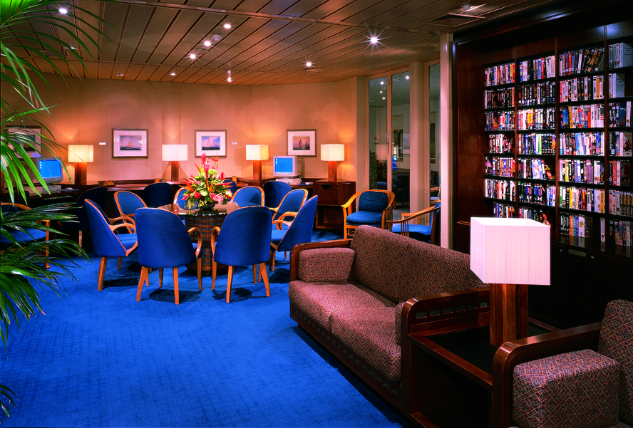 Windstar Wind Surf Interior Library 2014.jpeg