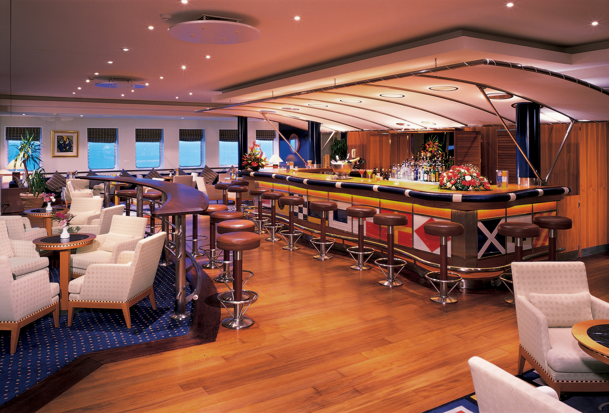 Windstar Wind Surf Interior Lounge Bar 2014.jpg