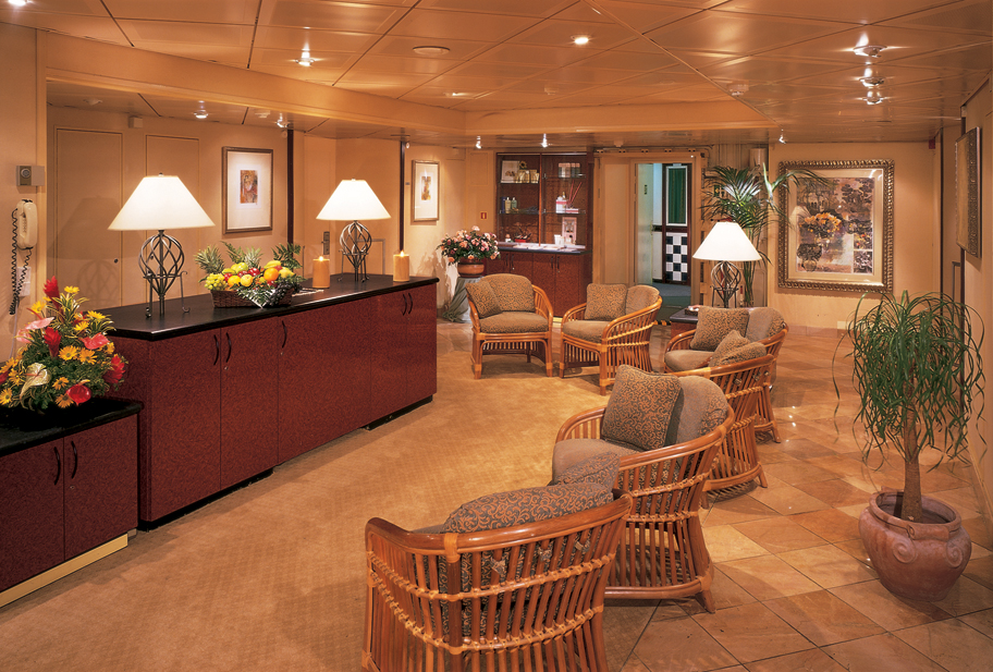 Windstar Wind Surf Interior Spa 2014.jpg