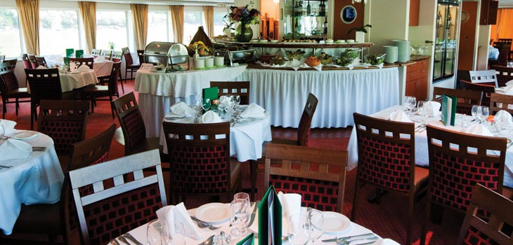 Saga River Cruises Regina Rheni II Interior Dining Room 1.jpg