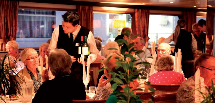 Saga River Cruises Rex Rheni Interior Dining Room 2.jpg