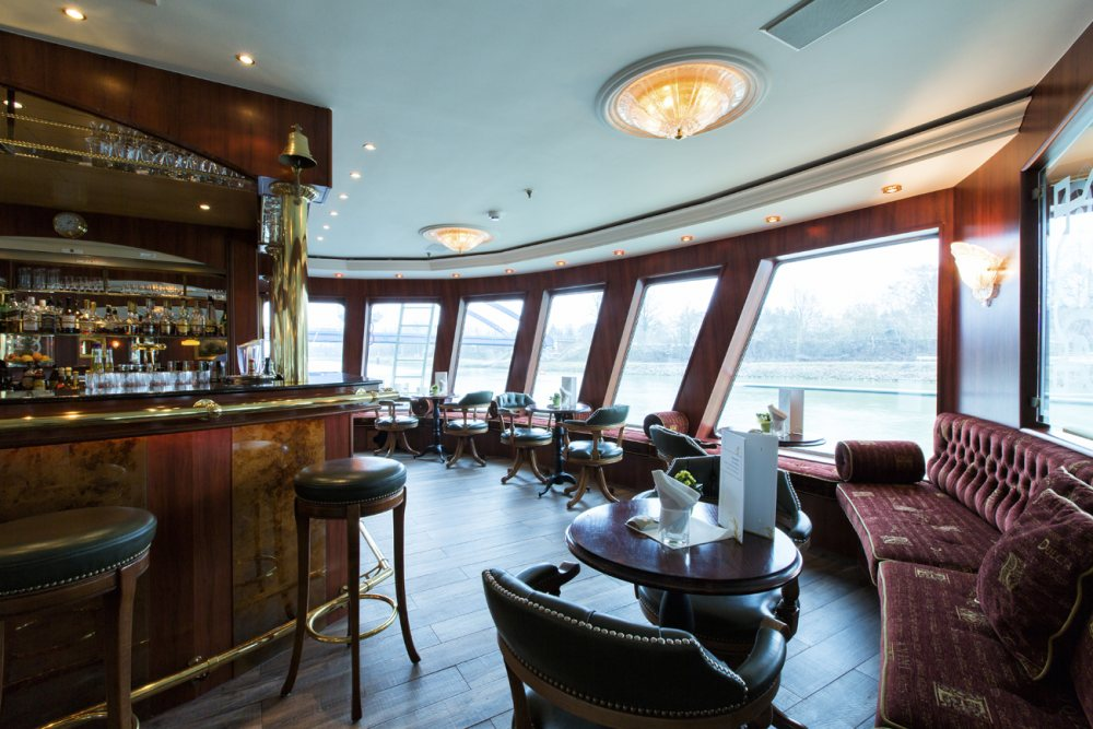 Riviera Travel MS Swiss Ruby Interior Lounge Bar.jpg