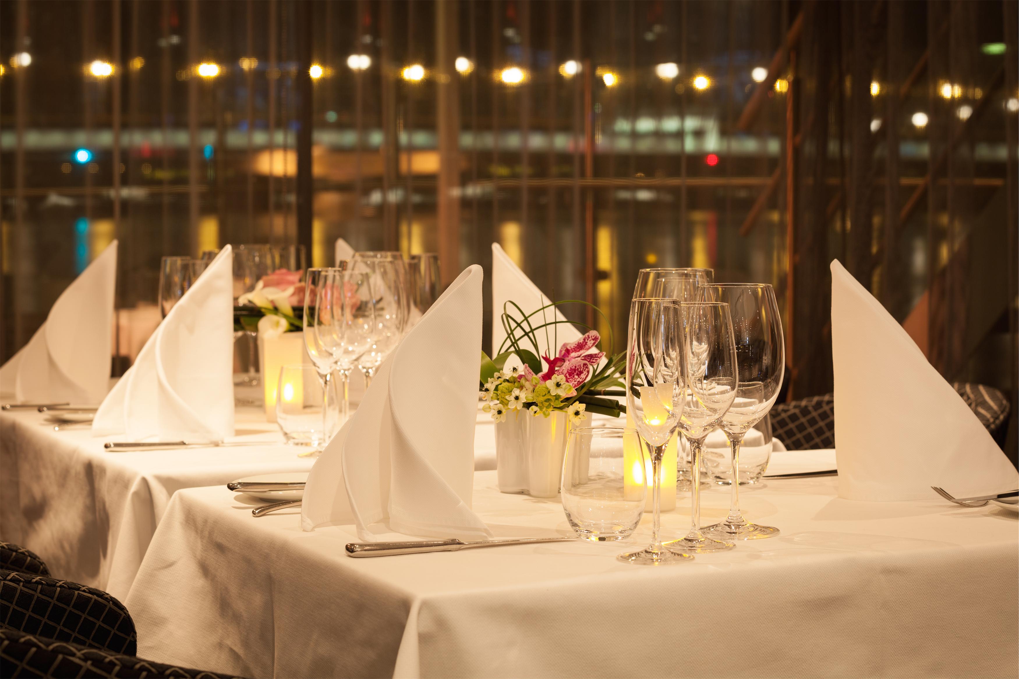 Scenic Sapphire Scenic Emerald Scenic Diamond Scenic Ruby Scenic Pearl Interior Portobellos Restaurant 4.jpg