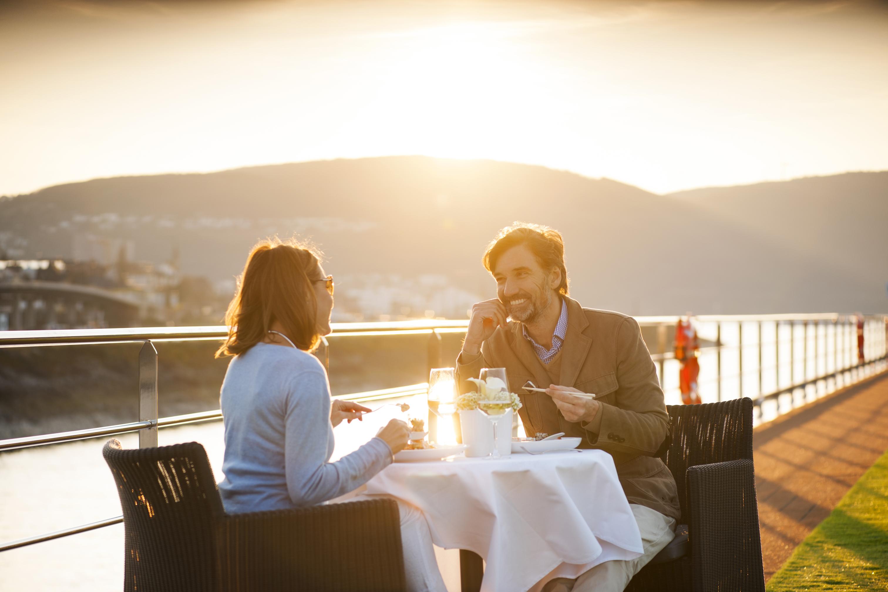 Scenic Jasper Terrace Dining.jpg