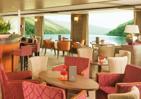 Amadeus - Silver II - Panorama Lounge - Photo 1.jpg