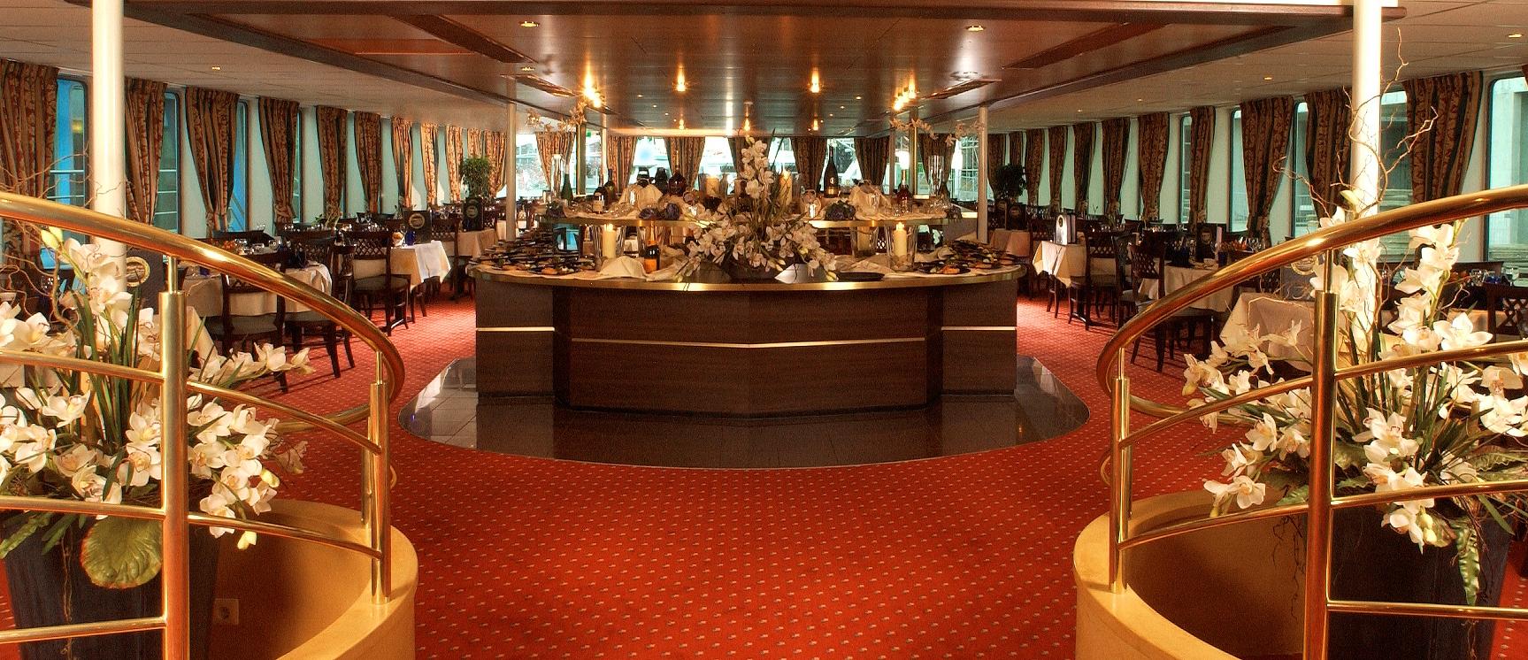 Amadeus River Cruises Amadeus Royal Interior Restaurant 1.jpg