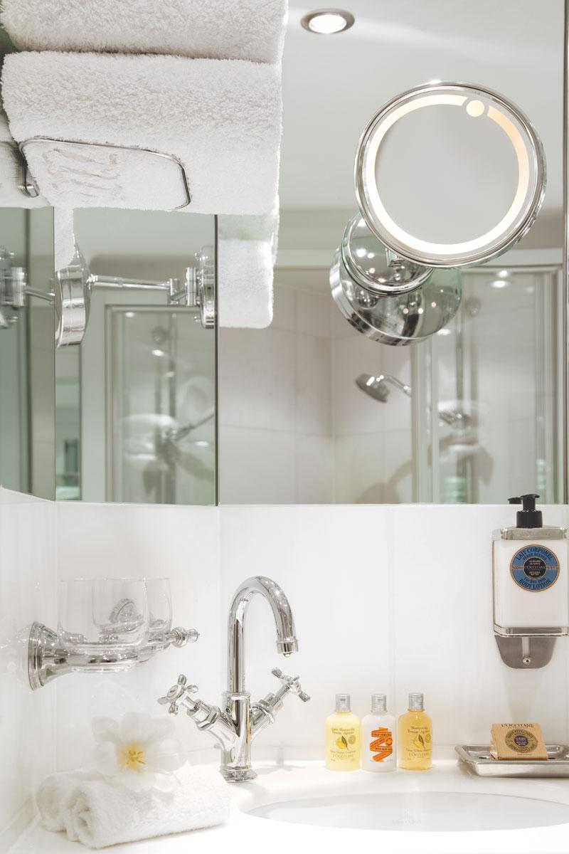 UNIWORLD Boutique River Cruises River Princess Accommodation Stateroom Category 1-5 bathroom.jpg