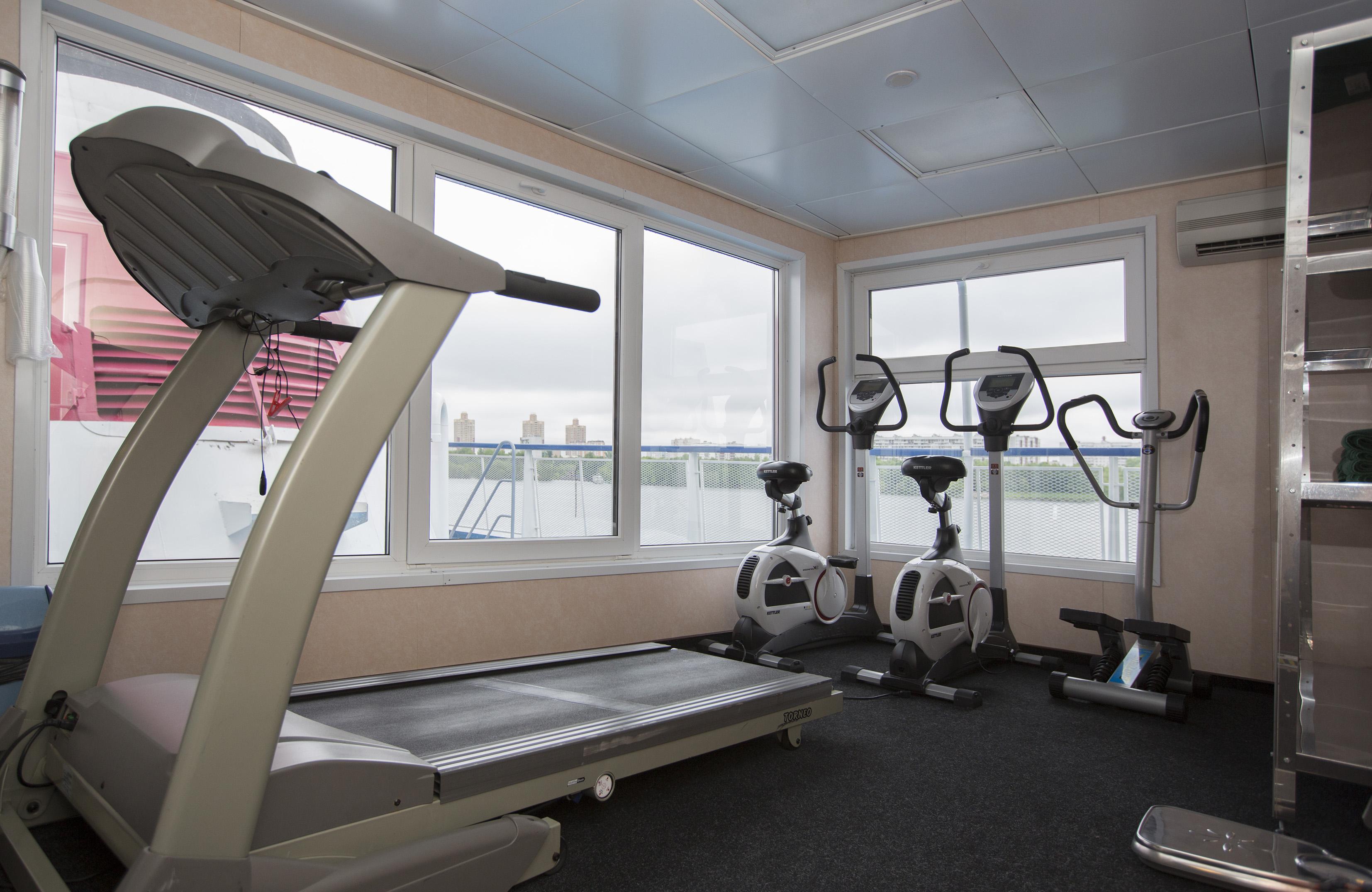 CroisiEurope Rostropovich Interior Gym.jpg