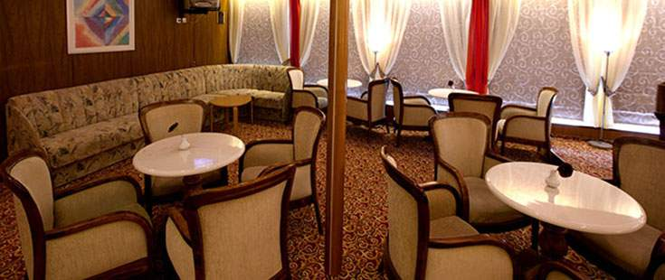 The River Cruise Line MS Chernishevsky Interior Bar.jpg