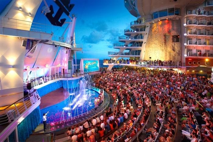 Royal Caribbean International Oasis of the Seas Interior AquaTheatre.jpg