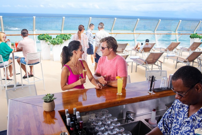 Royal Caribbean International Oasis of the Seas RCI_OA_Sundeck_2389.jpg