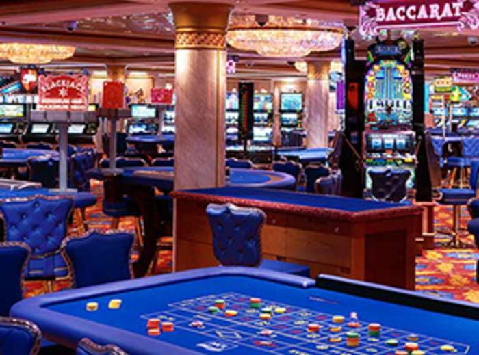 Norwegian Cruise Line Norwegian Dawn Interior Dawn Club Casino.jpg