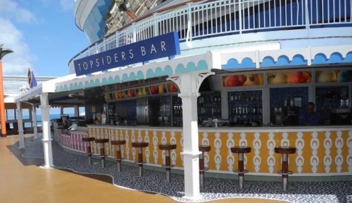 Norwegian Cruise Line Norwegian Sun topsiders bar.jpg