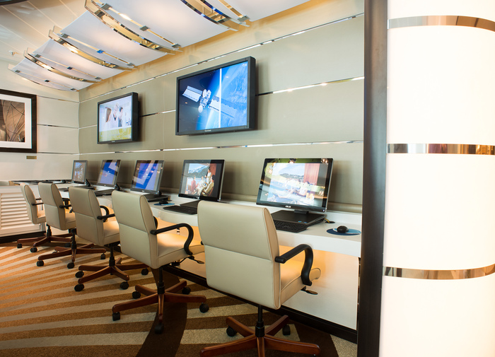 Princess Cruises Coral Class Interior cyber cafe.jpg