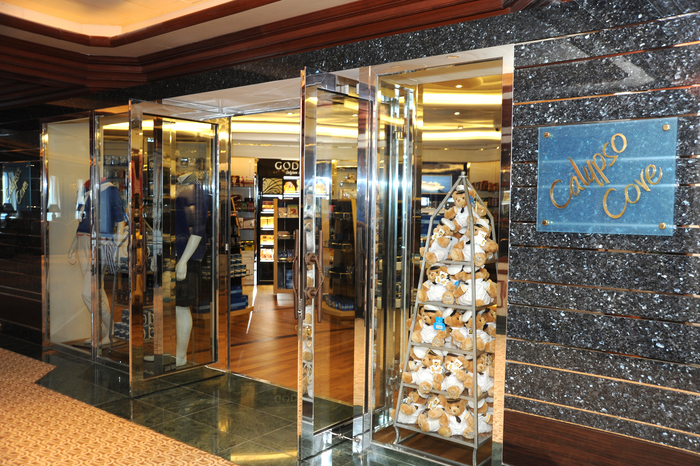 Princess Cruises Coral Class Interior shop 1.jpg