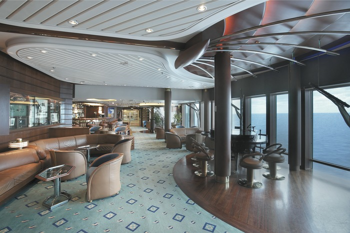 Royal Caribbean International Vision of the Seas Interior Schooner Bar.jpeg
