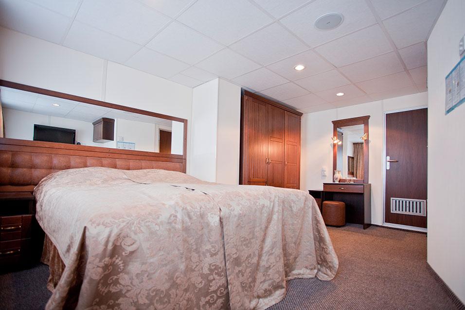 Nicko Cruises MS Stravinski Accommodation 1.jpg