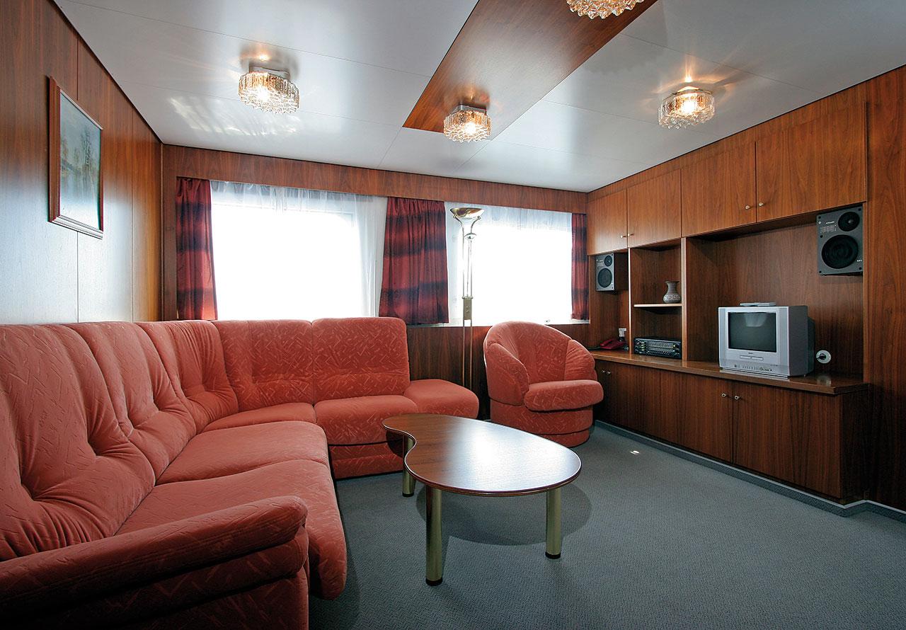 Nicko Cruises MS Fedin Accommodation 1.jpg